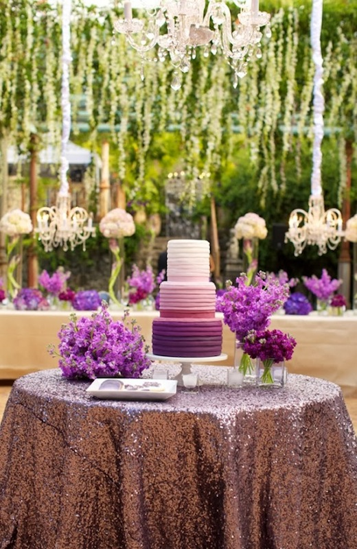 wedding-ideas-vibrant-orchid-pantone-2014-color-of-the-year-6