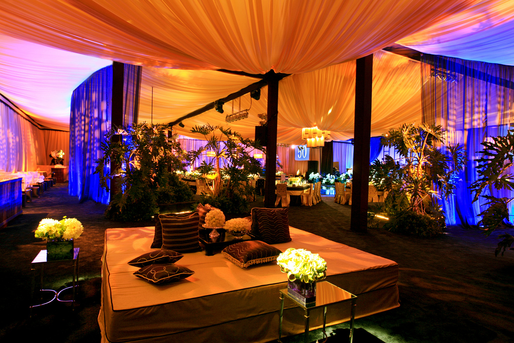 Glam event decor mbfw swim 2015 the luxe blog for Decor 4 events