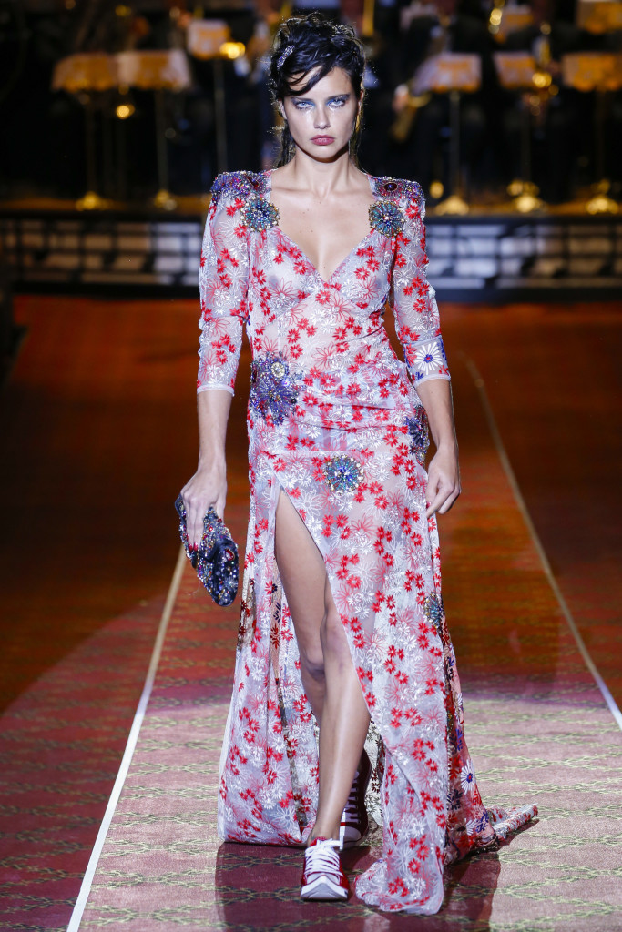 Adriana Lima in Givenchy SS16 via Posh Brazilian Blog
