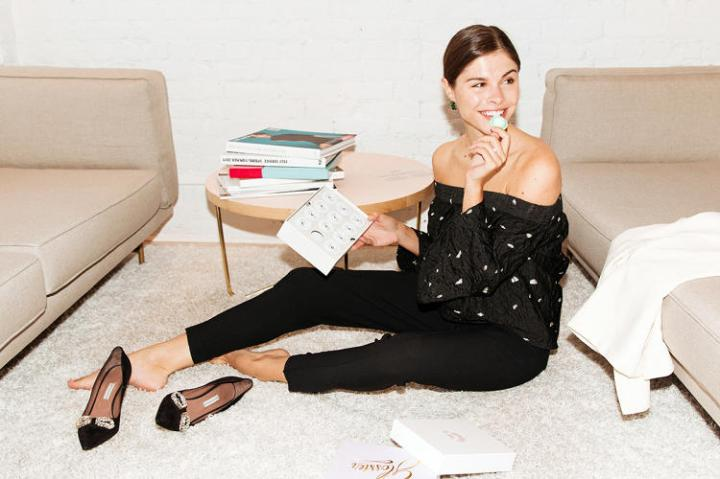 3054042-slide-s-1-heres-how-the-ceo-of-glossier-took-the-leap-from-blog-to-beauty-products